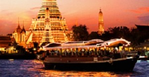 Banyan-Tree-Bangkok-historic-teak-wood-boat-Apsara